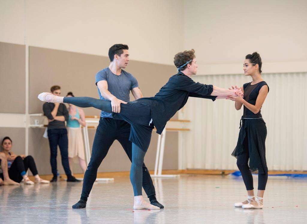 San Francisco Ballet rehearsing Cathy Marston's Mrs. Robinson  // © Erik Tomasson