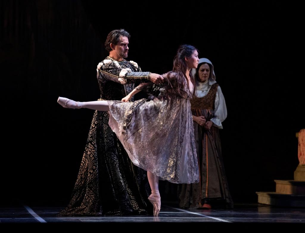 Misa Kuranaga and Ricardo Bustamante in Tomasson's Romeo & Juliet // © Erik Tomasson
