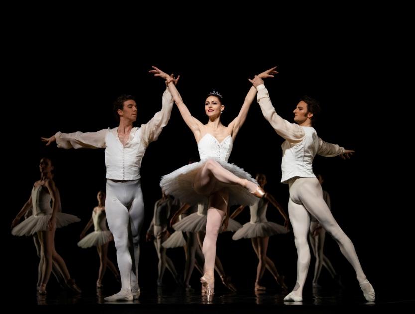 San Francisco Ballet in Lander's Etudes. (© Erik Tomasson)