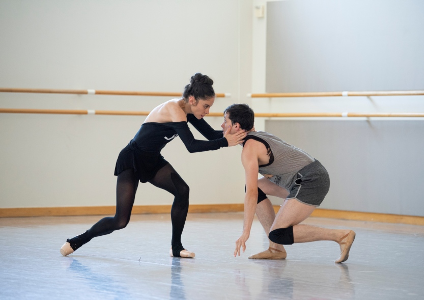 Dores André and Lonnie Weeks rehearsing Cathy Marston's Mrs. Robinson // © Erik Tomasson