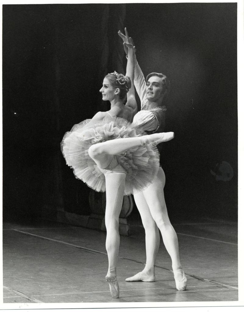 Betsy Erickson as the Sugar Plum Fairy and Gary Wahl as her Cavalier in a performance of Lew Christensen's Nutcracker