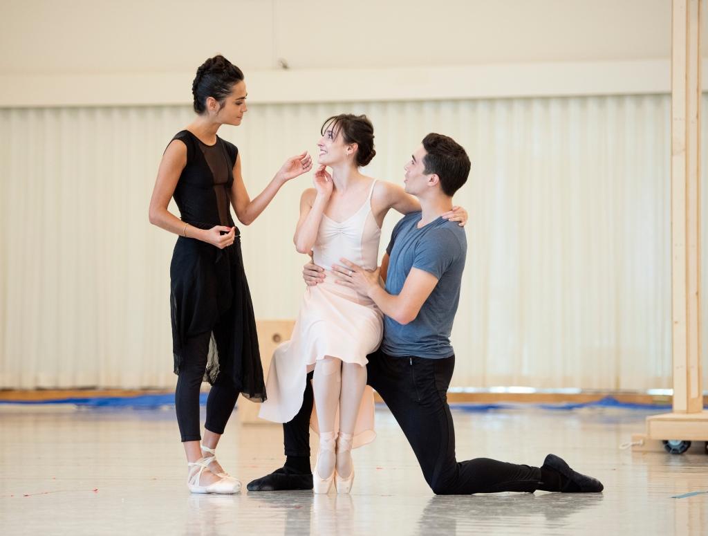 San Francisco Ballet rehearses Cathy Marston's Mrs. Robinson // © Erik Tomasson