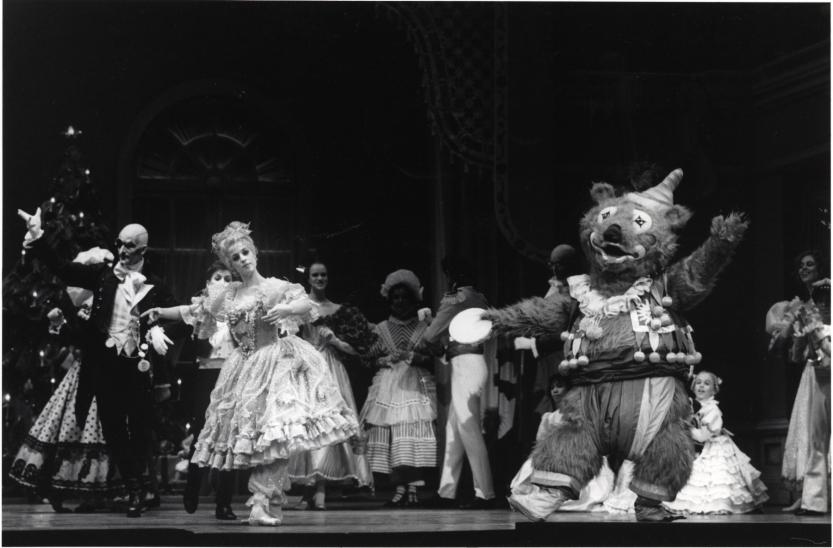 San Francisco Ballet in Lew Christensen's Nutcracker. (© Marty Sohl. Photo courtesy of SFMPD.)